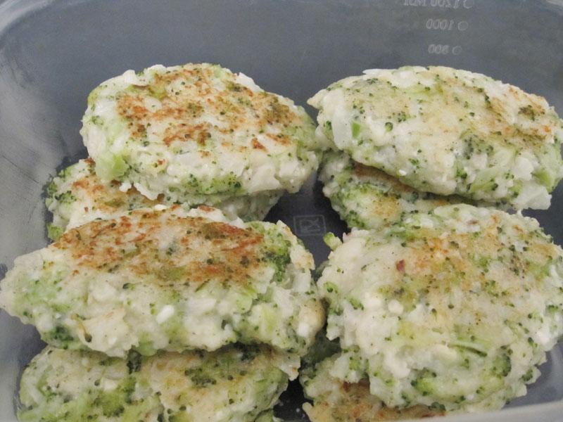 Котлеты из брокколи и цветной капусты без яиц