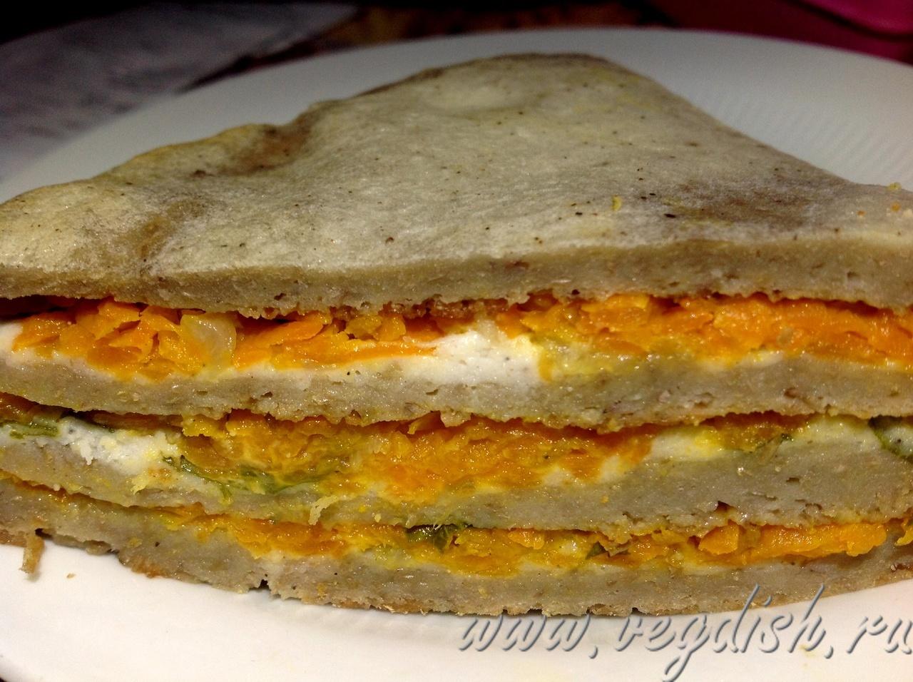 Блинный торт из чечивицы и моркови