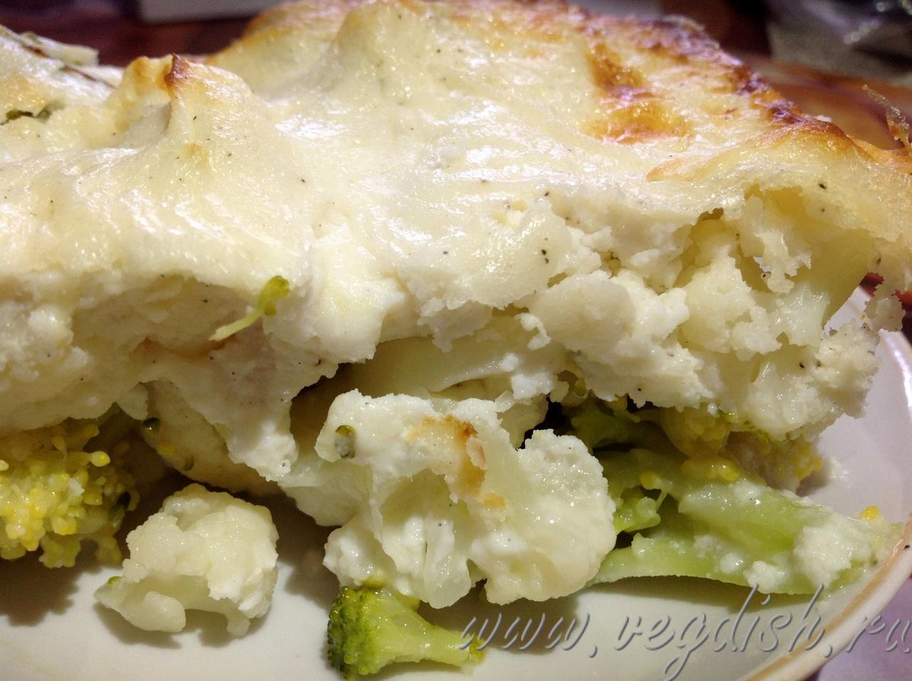 Брокколи и цветная капуста в сырном соусе