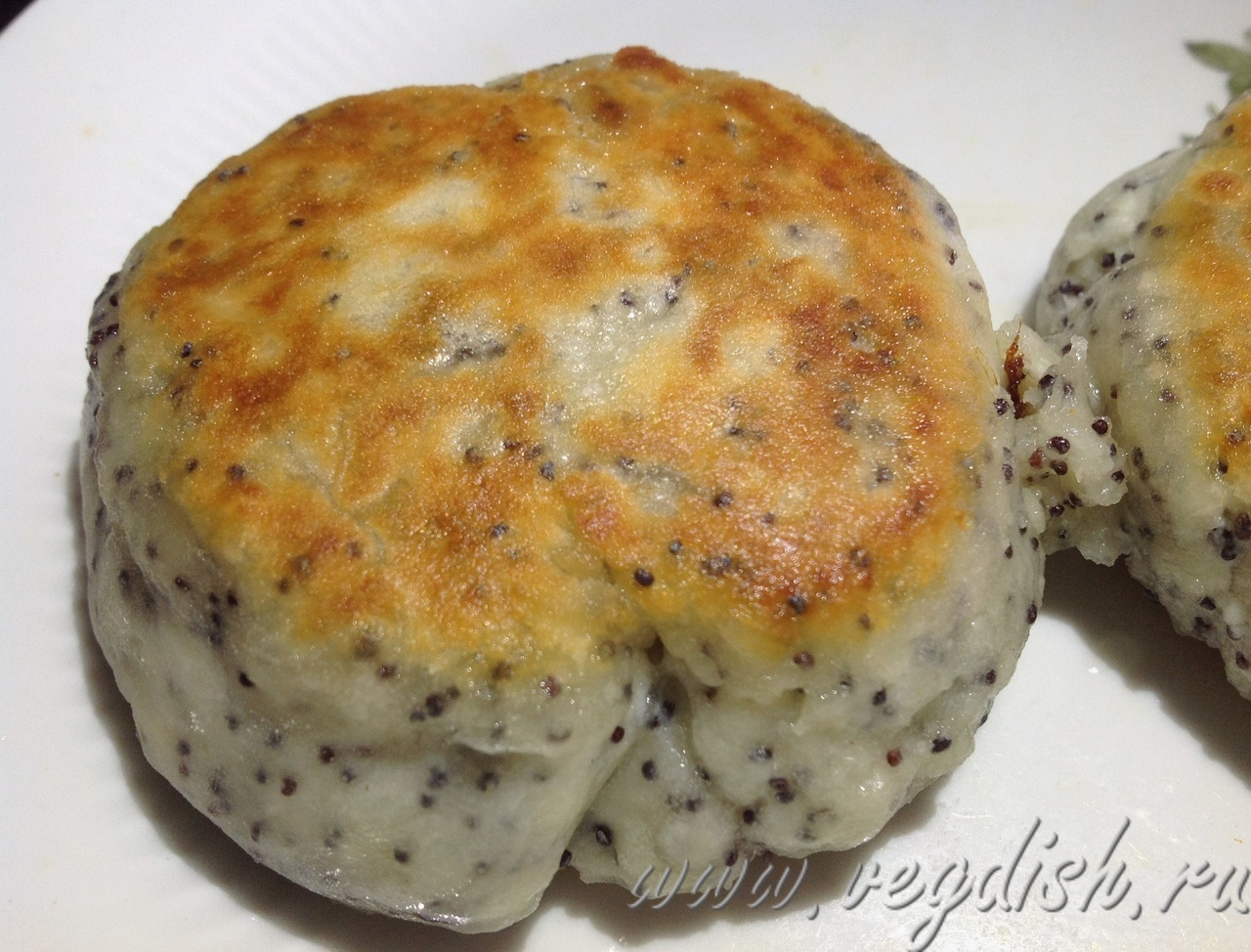 Сырники с маком без яиц