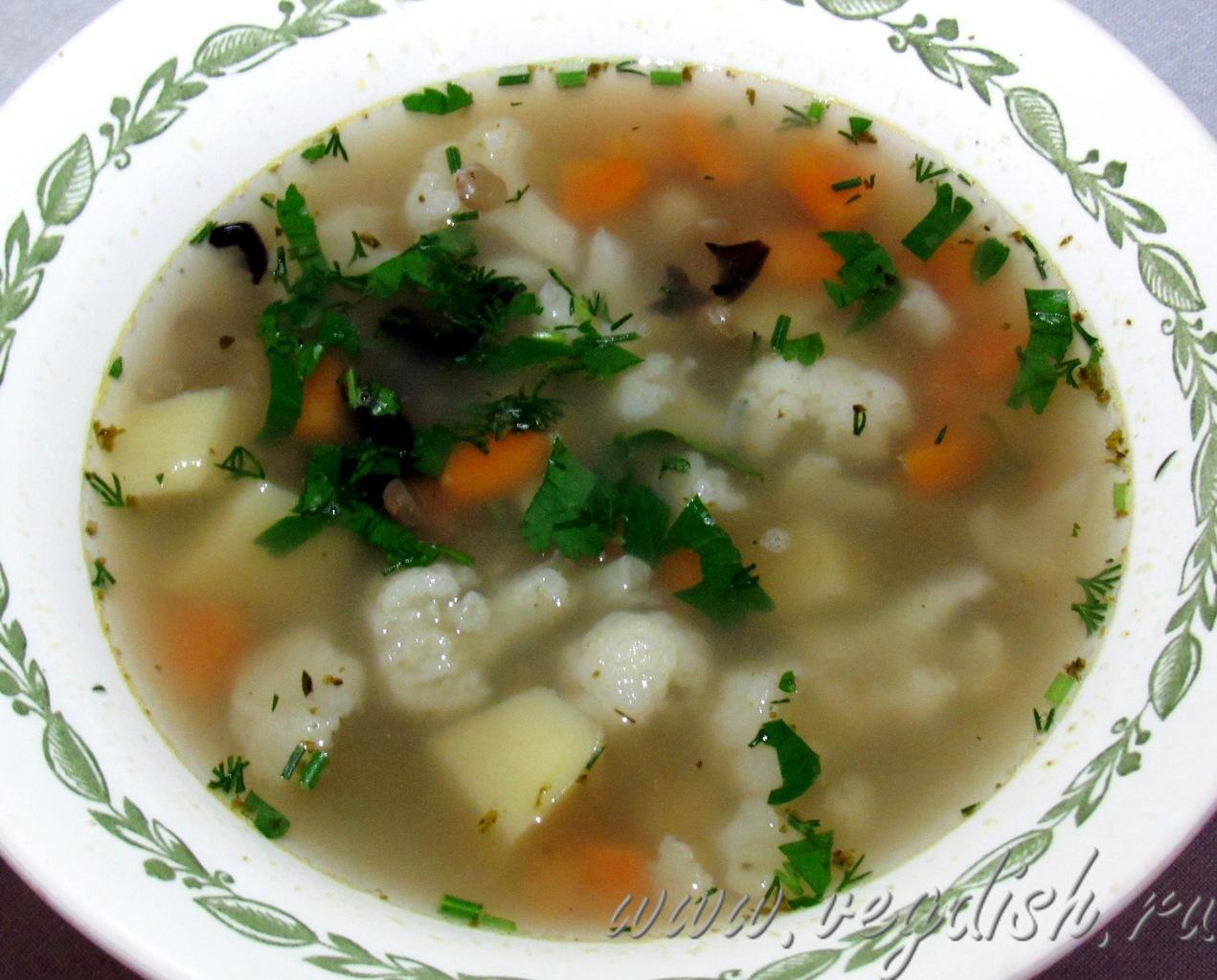 Суп с горохом, чечевицей и цветной капустой