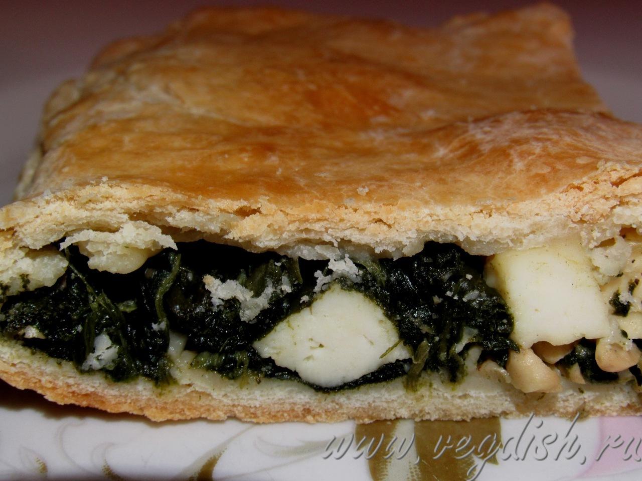 Пирог со шпинатом и кедровыми орехами