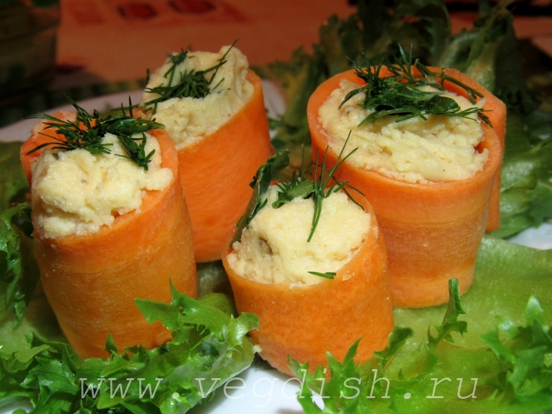 Закуска из моркови с хумусом