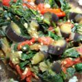 Тушеные баклажаны со шпинатом