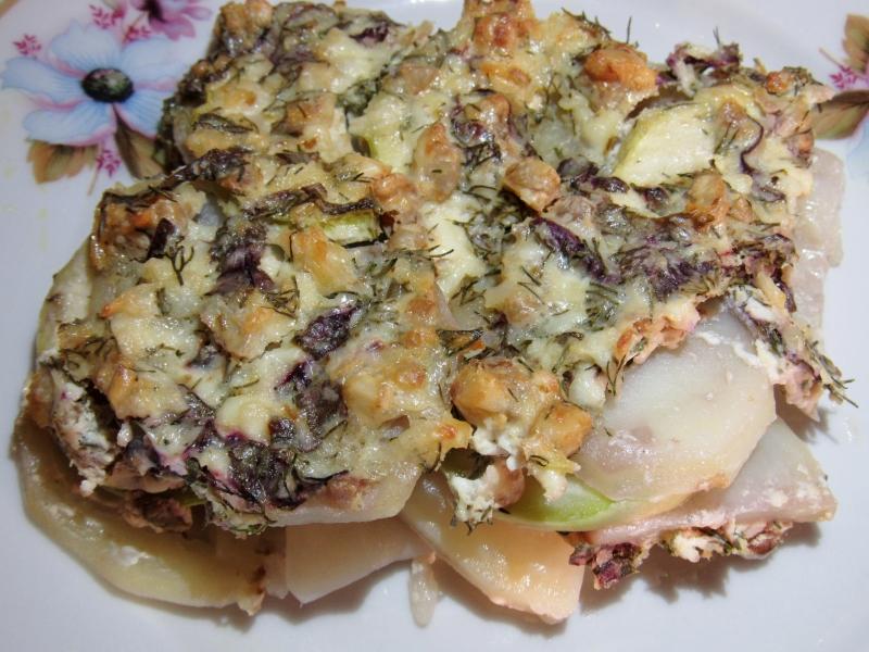 Кабачки с картошкой под сметанным соусом