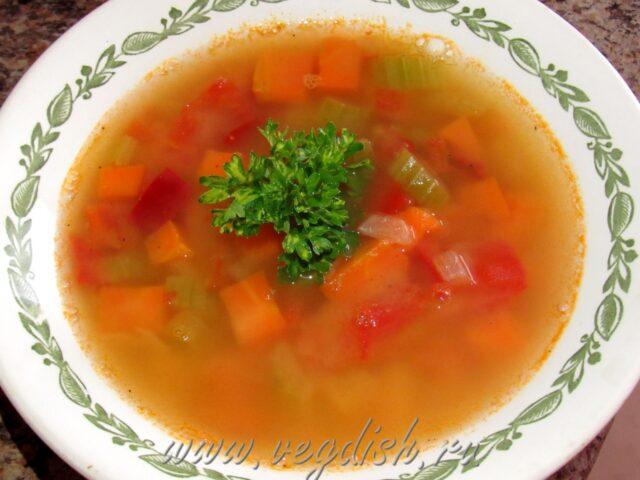 Гороховый суп с овощами